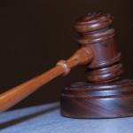 W wielu wypadkach ludzie żądają pomocy prawnika